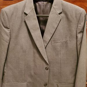 Like New Men's Merona Gray with Pin Stripe Blazer